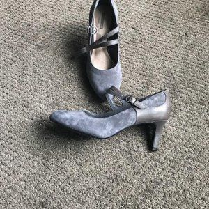 Grey Suede/Leather Pumps from Naturalizer